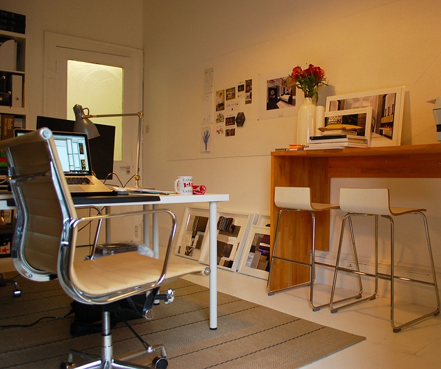 home-office-1034939_640