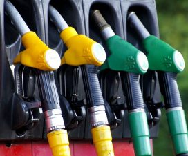 What are the main pitfalls of buying a gas station?